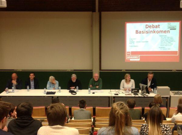 Liberalen en groenen jagen de Belgische discussie over basisinkomen aan.