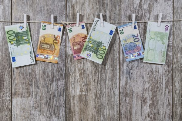 Basisinkomen, asociaal of onbetaalbaar?
